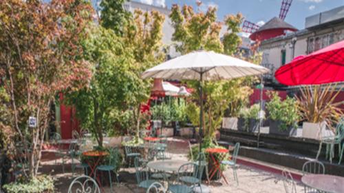 Des terrasses parisiennes pour un été chaud, chaud, chaud