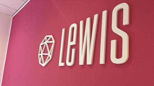 LEWIS nomina Morelli General Manager e si trasferisce nel cuore di Milano