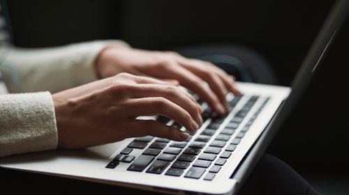 fare una ricerca sul laptop