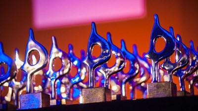 LEWIS wint SABRE Award voor 'De Onmogelijke Signeersessie'
